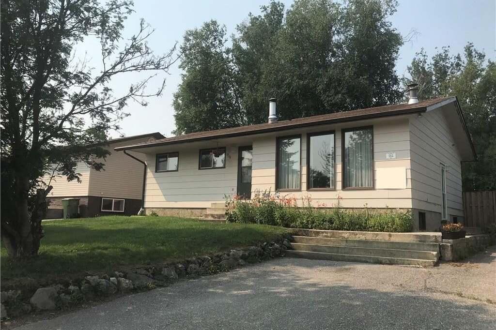House for sale at 715 Studer St La Ronge Saskatchewan - MLS: SK809975