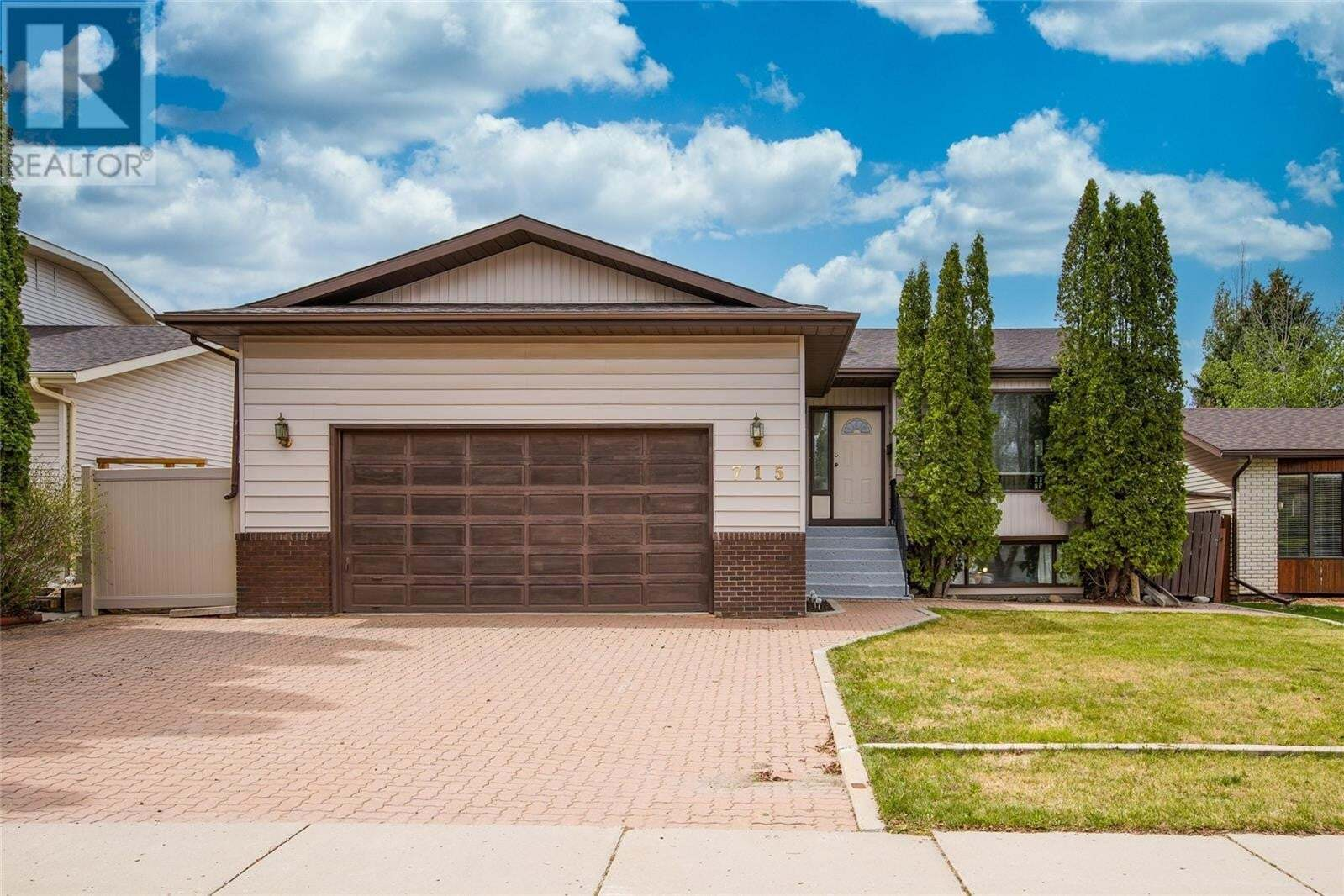 House for sale at 715 Wilkinson Wy Saskatoon Saskatchewan - MLS: SK809686