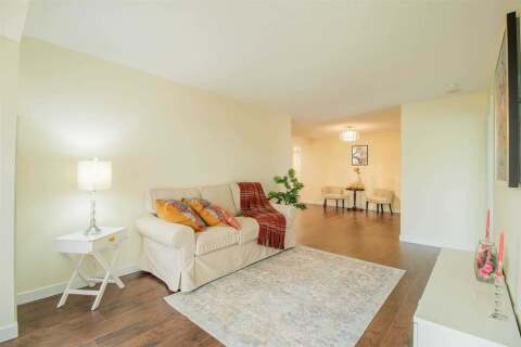 Condo for sale at 18 Sommerset Wy Unit 716 Toronto Ontario - MLS: C4882996