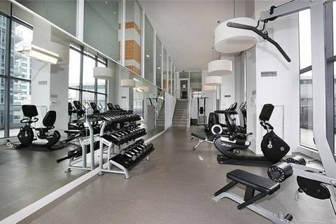 Apartment for rent at 295 Adelaide St Unit 716 Toronto Ontario - MLS: C4495724