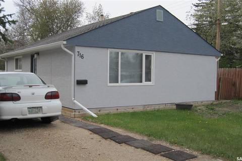 House for sale at 716 Horace St Regina Saskatchewan - MLS: SK772451