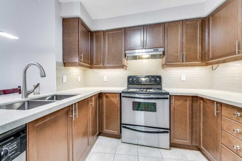 Condo for sale at 1 Maison Parc Ct Unit 717 Vaughan Ontario - MLS: N4999343