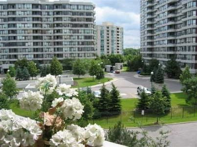 Removed: 717 - 11 Townsgate Drive, Vaughan, ON - Removed on 2018-09-28 09:48:28