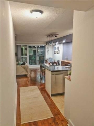 Apartment for rent at 410 Queens Quay Unit 717 Toronto Ontario - MLS: C4556038
