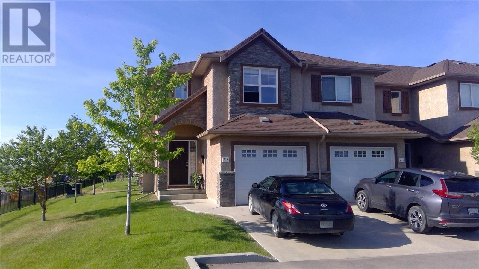 Townhouse for sale at 710 Gordon Rd Unit 718 Saskatoon Saskatchewan - MLS: SK778441