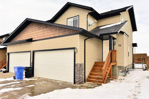 Townhouse for sale at 718 Carriage Lane Dr Carstairs Alberta - MLS: C4286629