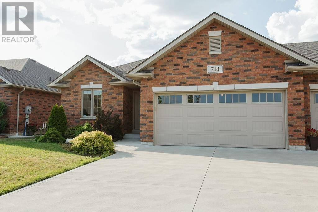 Townhouse for sale at 718 Commisso Cres Lasalle Ontario - MLS: 19023245