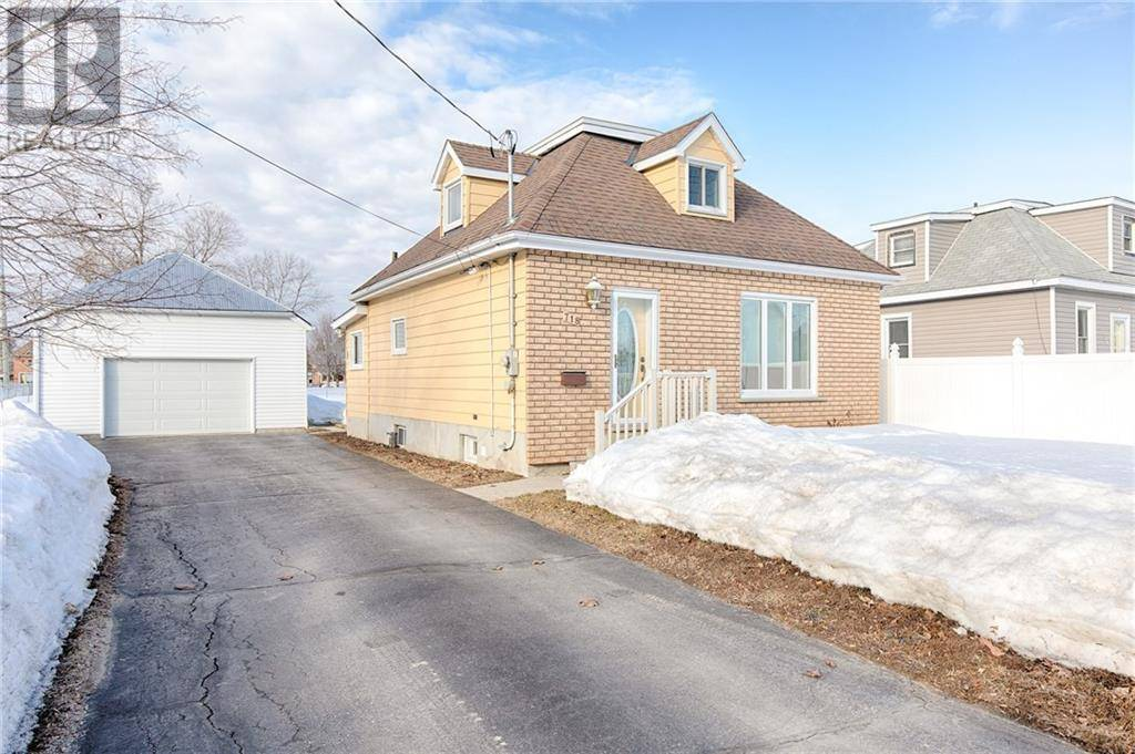 House for sale at 718 Fischer St Pembroke Ontario - MLS: 1187086