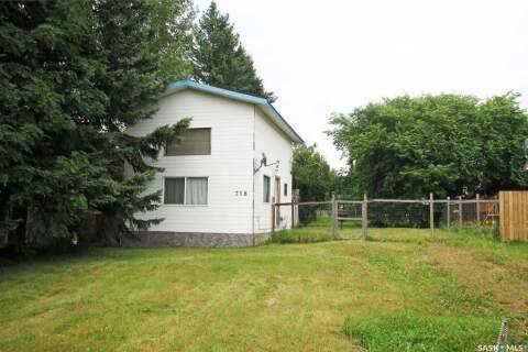 House for sale at 718 Railway Ave Loon Lake Saskatchewan - MLS: SK791015