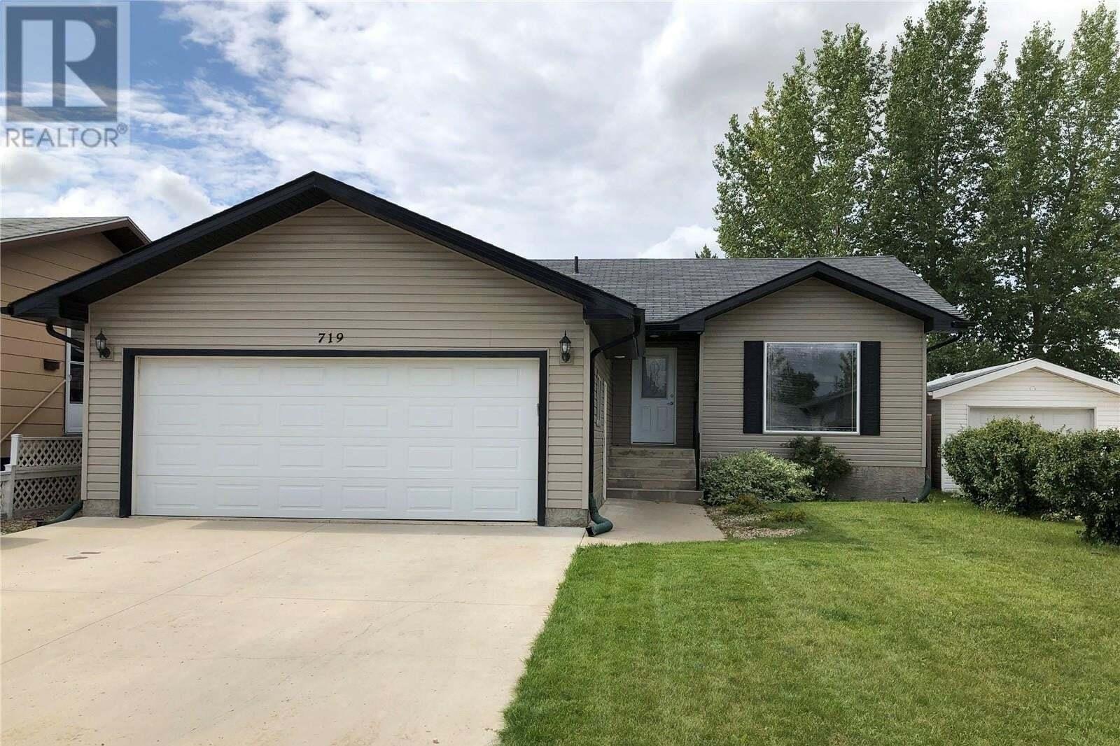 House for sale at 719 14th St Humboldt Saskatchewan - MLS: SK809823