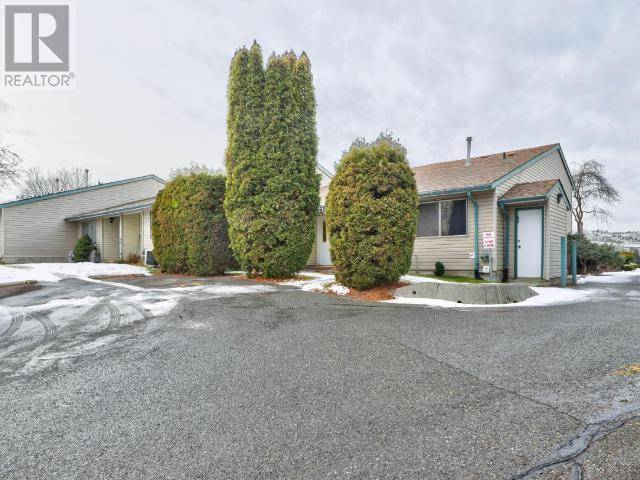 Townhouse for sale at 580 Dalgleish Dr Unit 72 Kamloops British Columbia - MLS: 154809