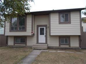 House for sale at 72 Castlebrook Ri Northeast Calgary Alberta - MLS: C4241298