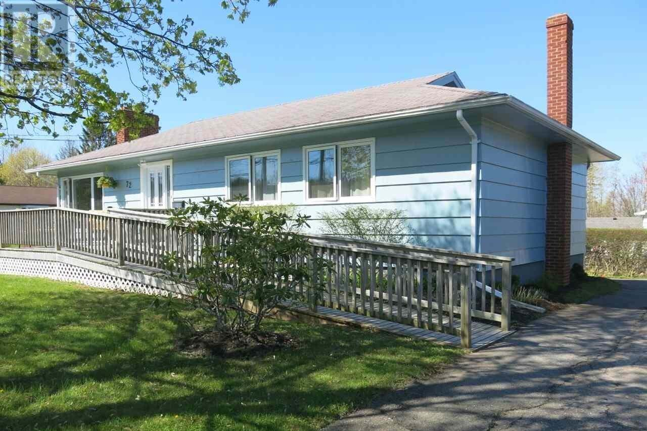 House for sale at 72 Chestnut Ave Wolfville Nova Scotia - MLS: 202008184