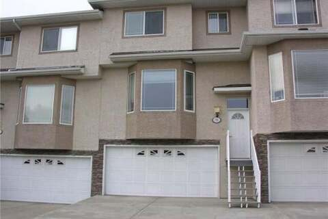 Townhouse for sale at 72 Country Hills Garden(s) Northwest Calgary Alberta - MLS: C4268005