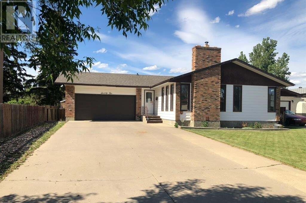 House for sale at 72 Cypress Wy Southeast Medicine Hat Alberta - MLS: MH0190279