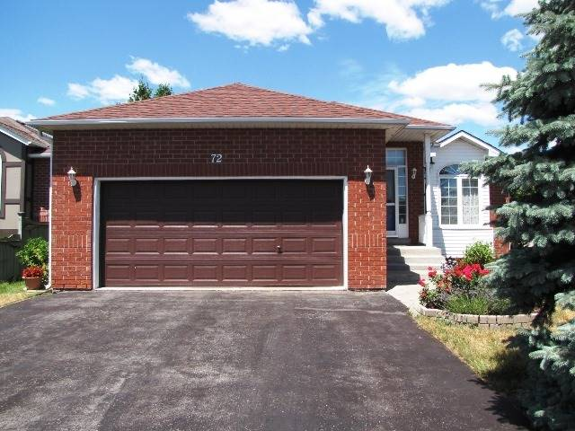 For Sale: 72 Felt Crescent, Barrie, ON | 2 Bed, 2 Bath House for $474,800. See 20 photos!