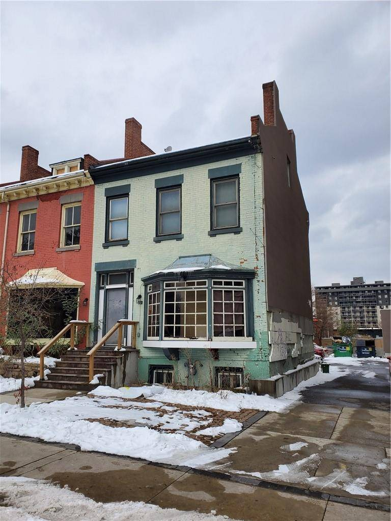 Commercial property for lease at 72 George St Hamilton Ontario - MLS: H4068956