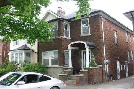 House for sale at 72 Lawrence Ave Toronto Ontario - MLS: C4448347