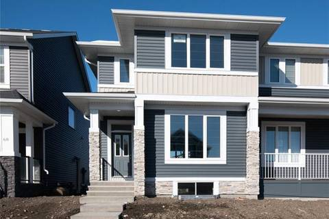 Townhouse for sale at 72 Red Embers Common Northeast Calgary Alberta - MLS: C4273197