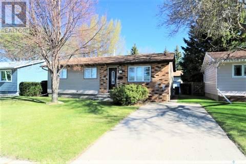 House for sale at 72 Redwood Dr Yorkton Saskatchewan - MLS: SK756775