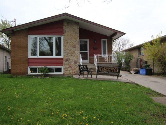 Sold: 72 Tyrone Drive, Hamilton, ON