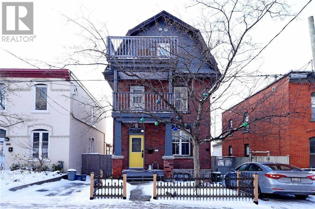 Townhouse for sale at 72 Upper Lorne Pl Ottawa Ontario - MLS: 1178682