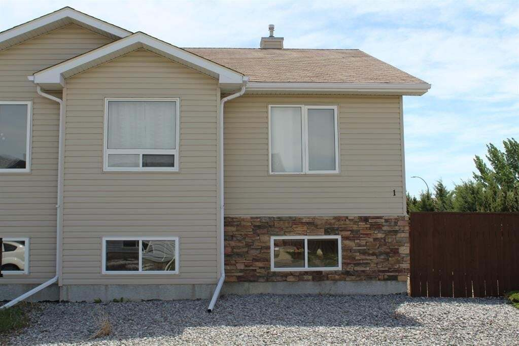 Townhouse for sale at 720 Heritage Blvd Lethbridge Alberta - MLS: A1002427
