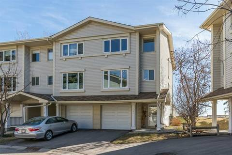 Townhouse for sale at 720 Queenston Te Southeast Calgary Alberta - MLS: C4294686