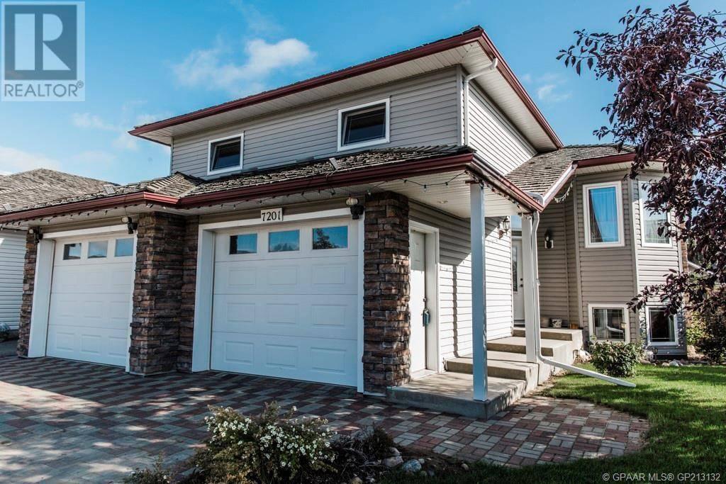 House for sale at 7201 102 St Grande Prairie Alberta - MLS: GP213132