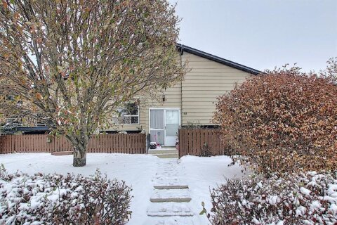 Townhouse for sale at 7205 4 St NE Calgary Alberta - MLS: A1044797