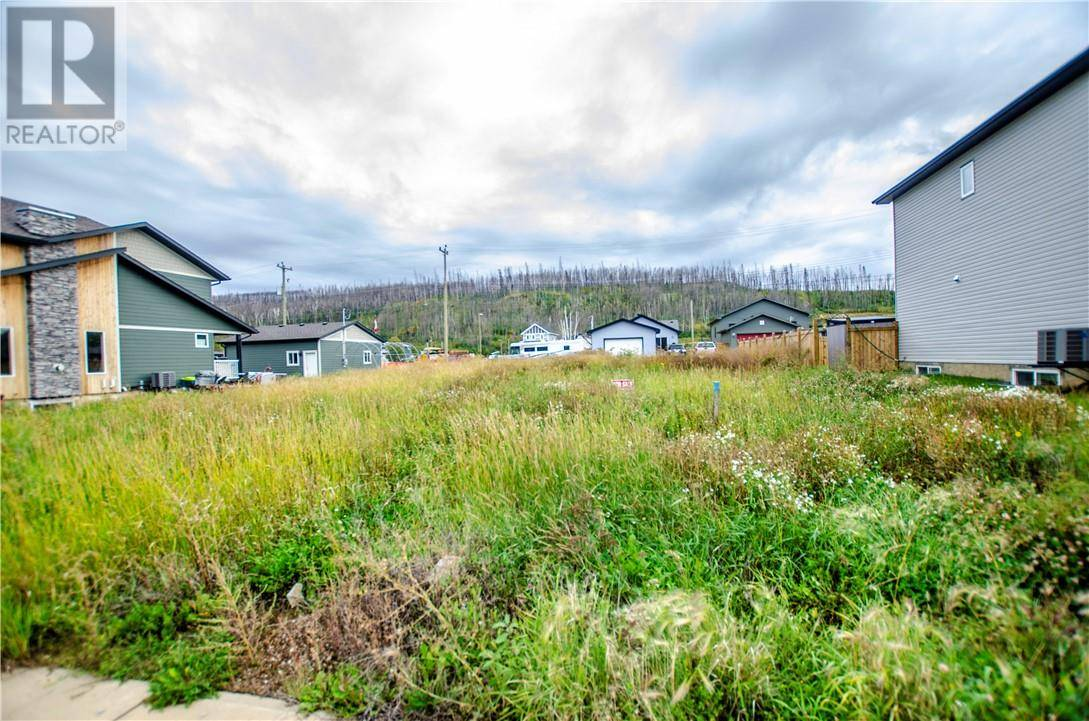 7209 Railway Avenue, Fort Mcmurray   Image 1