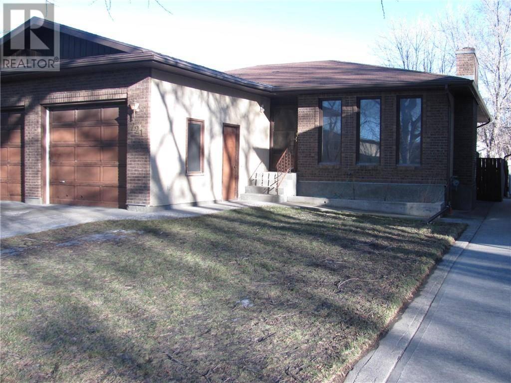 House for sale at 721 12 St N Lethbridge Alberta - MLS: ld0185014