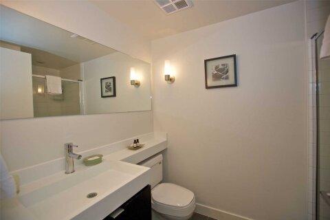 Apartment for rent at 4 Spadina Ave Unit 721 Toronto Ontario - MLS: C5002262