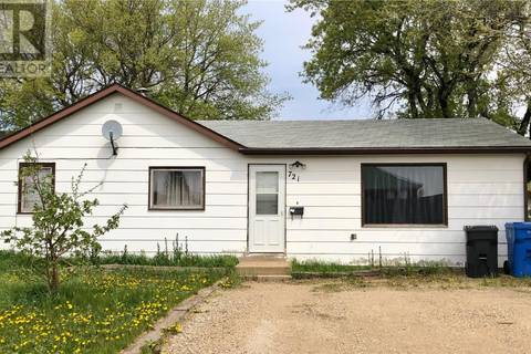 House for sale at 721 Eva St Estevan Saskatchewan - MLS: SK756448