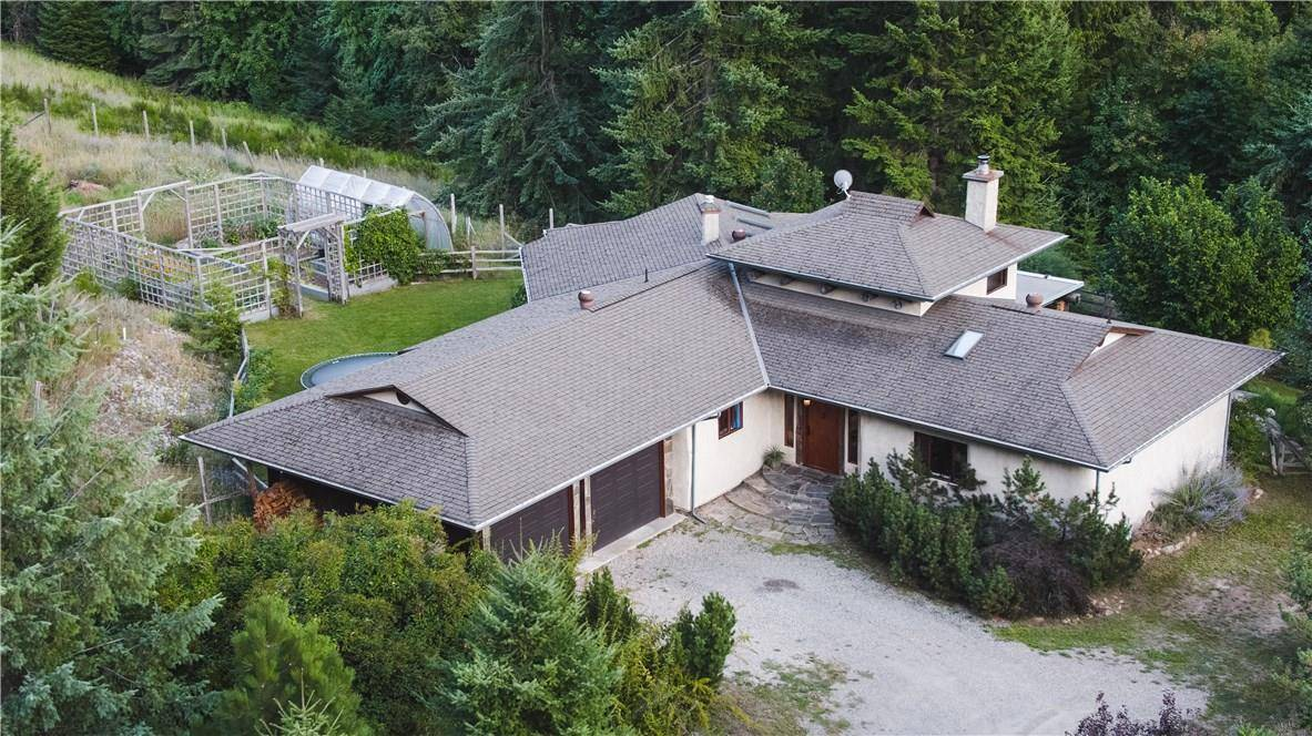 House for sale at 7218 Rogers Rd Balfour British Columbia - MLS: 2439653