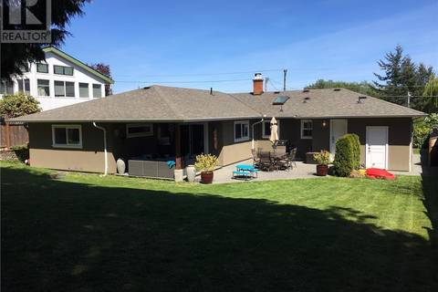 House for sale at 7226 Saanich Rd East Central Saanich British Columbia - MLS: 406857