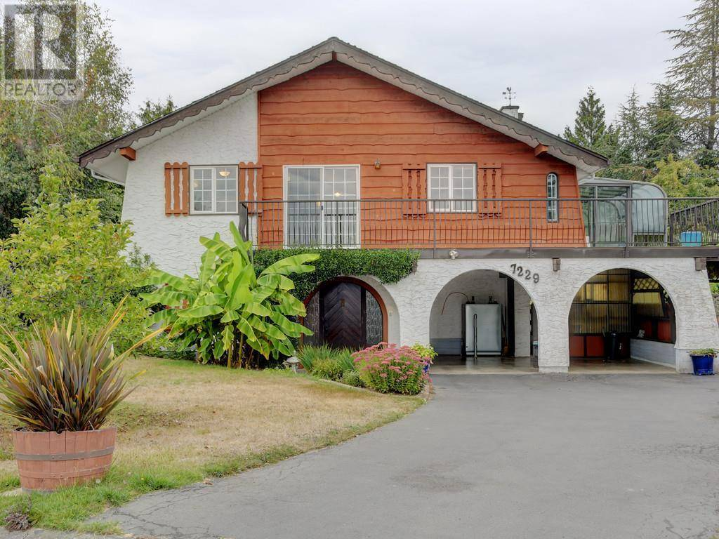 House for sale at 7229 Meadowlark Ln Central Saanich British Columbia - MLS: 417455