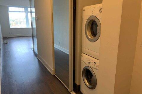Condo for sale at 111 St Clair Ave Unit 723 Toronto Ontario - MLS: C4980672