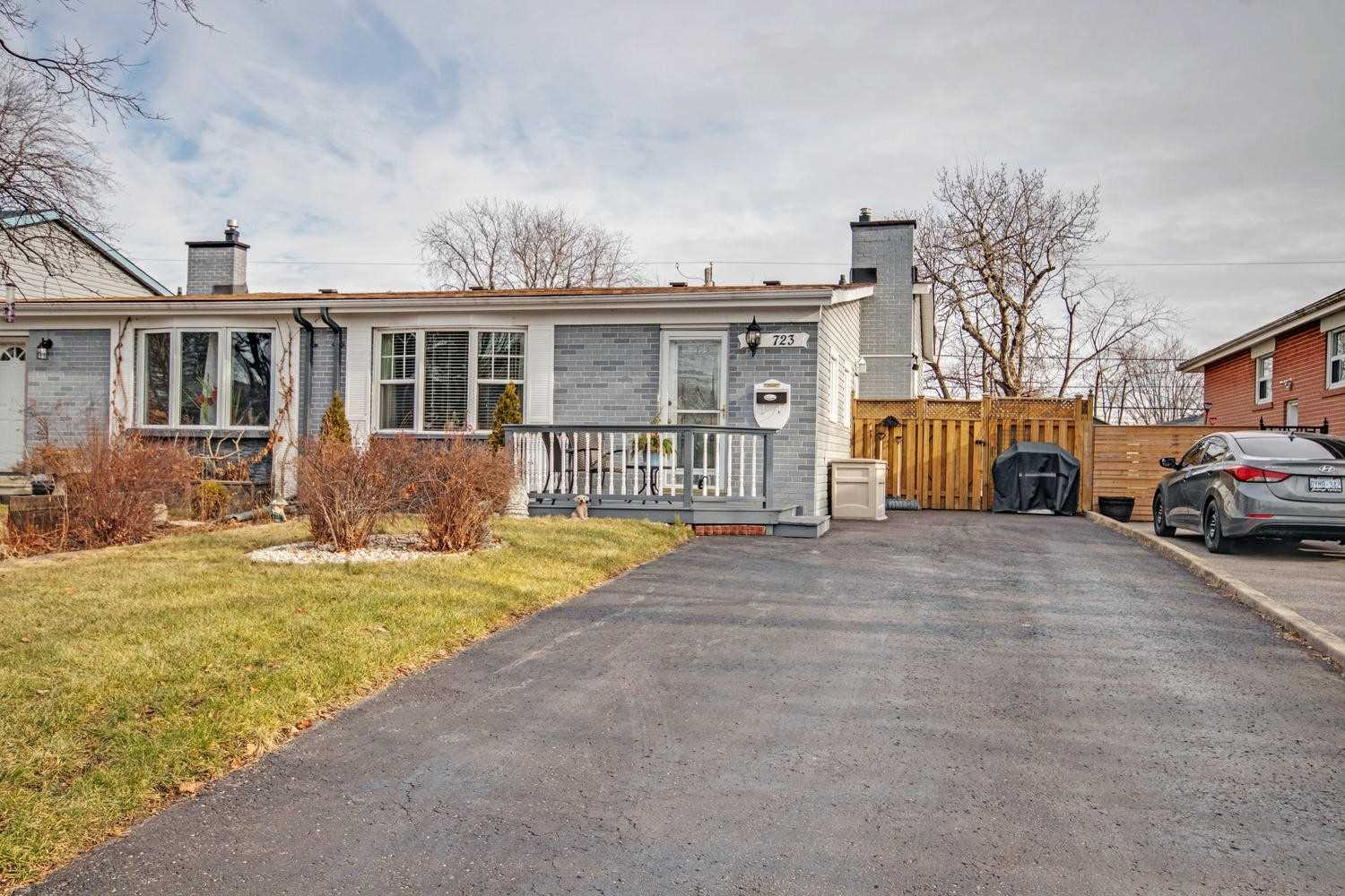 House for sale at 723 Balaton Avenue Pickering Ontario - MLS: E4328895