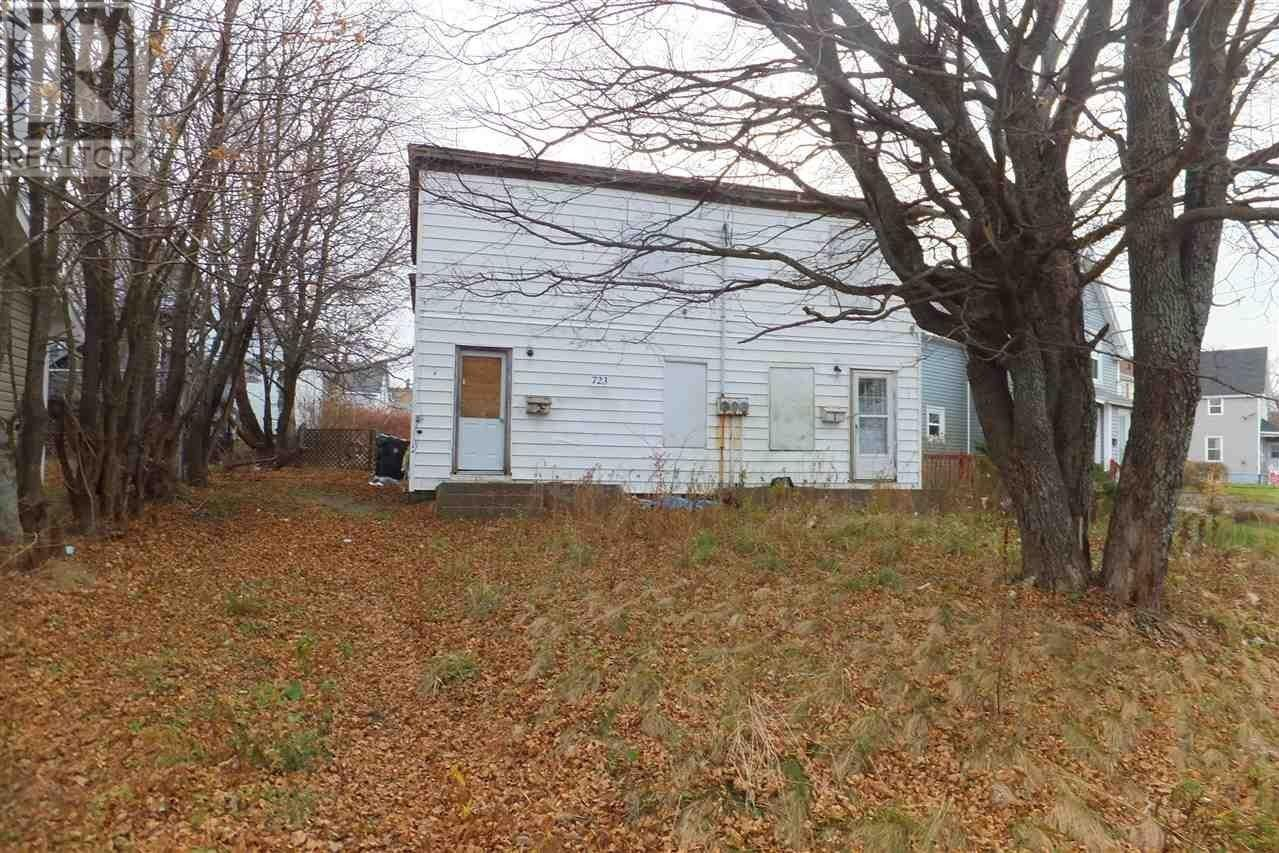 House for sale at 723 Main St Glace Bay Nova Scotia - MLS: 202024417