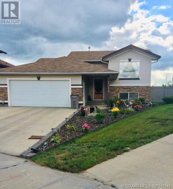 House for sale at 7232 107a St Grande Prairie Alberta - MLS: GP210342