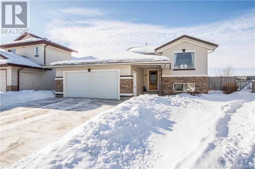 House for sale at 7232 107a St Grande Prairie Alberta - MLS: GP214348