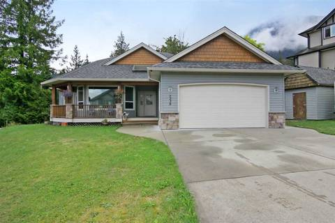 House for sale at 7238 Marble Hill Rd Chilliwack British Columbia - MLS: R2422411