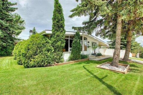 House for sale at 724 Sherman Ave SW Calgary Alberta - MLS: C4302919