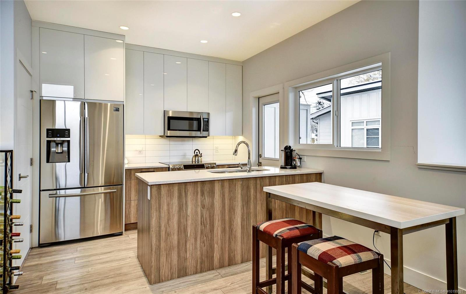 Removed: 725 Cadder Avenue, Kelowna, BC - Removed on 2020-08-08 23:18:30