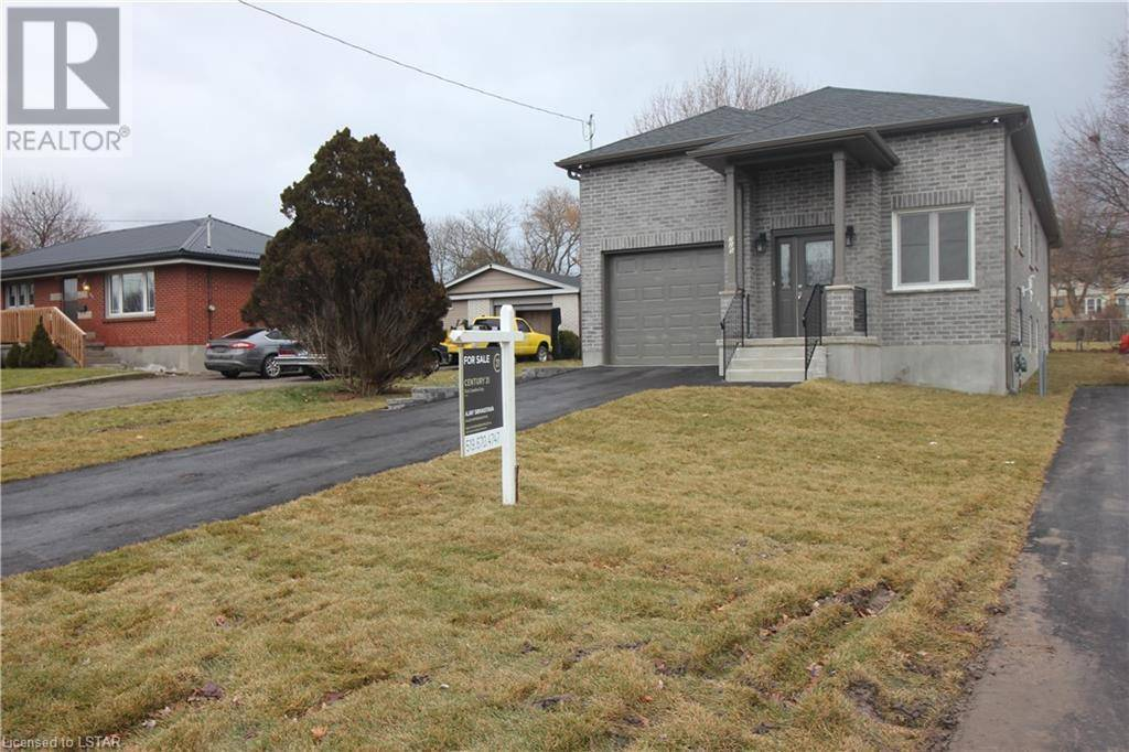 House for sale at 725 Huron St London Ontario - MLS: 234095