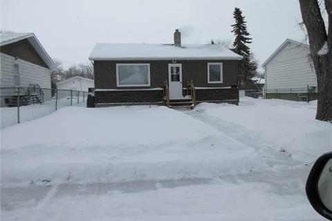 House for sale at 725 Mctavish St Regina Saskatchewan - MLS: SK796784