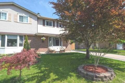Townhouse for sale at 725 Middleton Cres Milton Ontario - MLS: W4772325