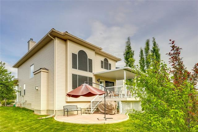 Removed: 725 Woodside Bay Northwest, Airdrie, AB - Removed on 2018-10-01 05:12:34
