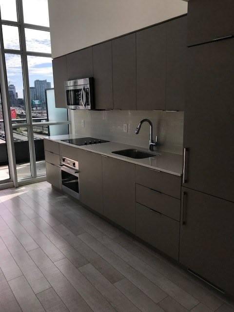 Condo for sale at 5 Hanna Ave Unit 727 Toronto Ontario - MLS: C4645591